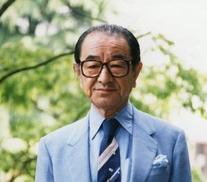 氣賀健生青山学院大学名誉教授