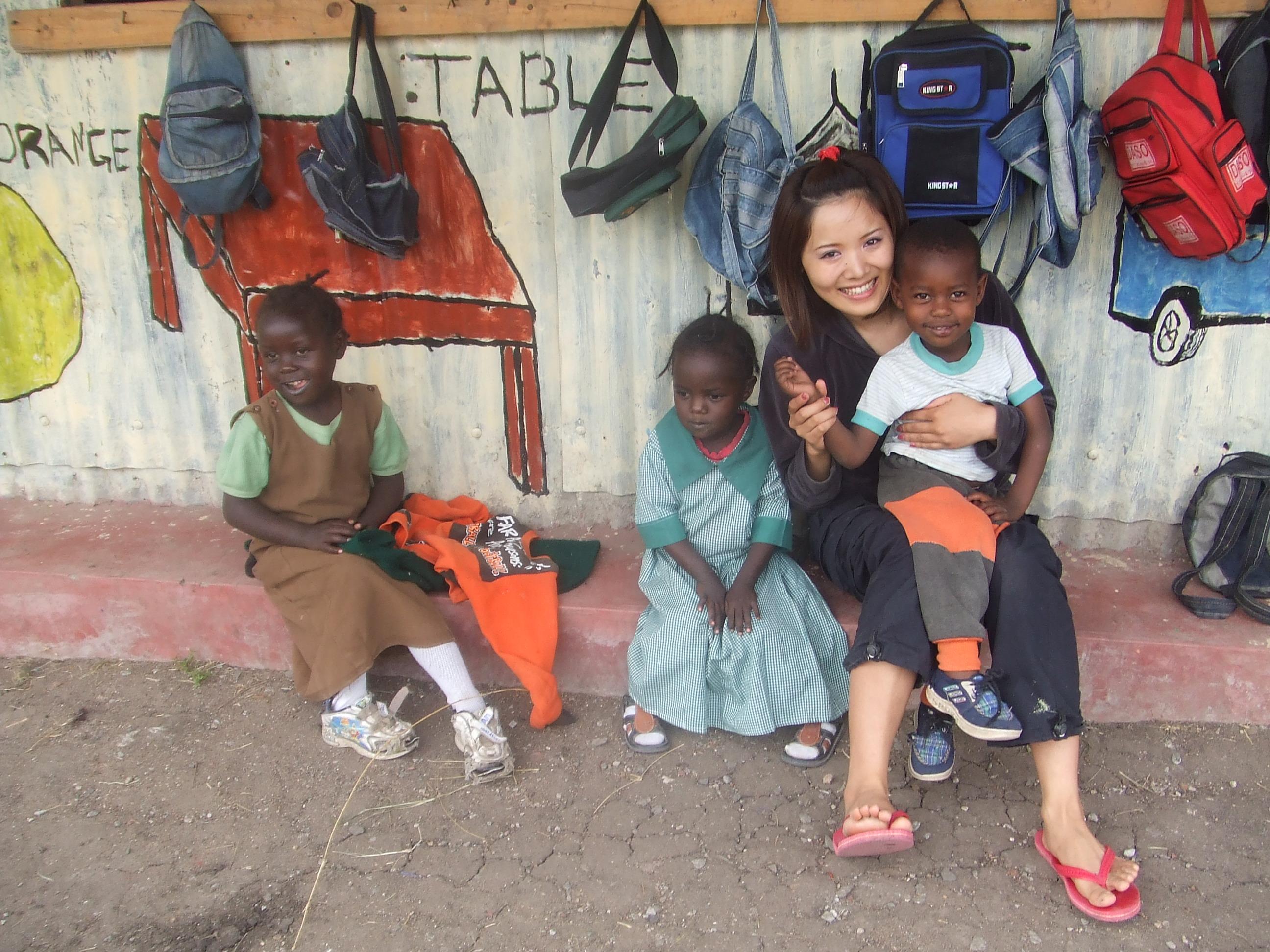 ケニアの孤児院にて