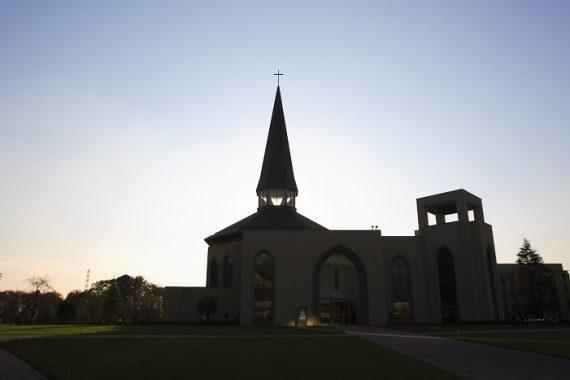 青山学院の礼拝堂〈5〉 大学(相模原キャンパス) ウェスレー・チャペル