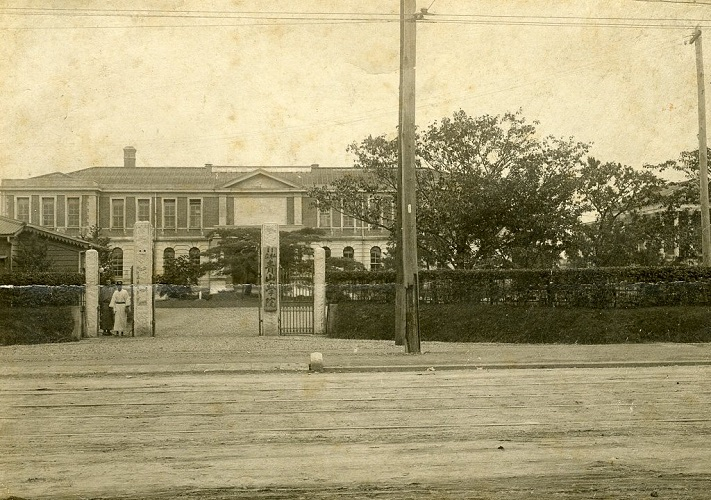 1913年頃の正門